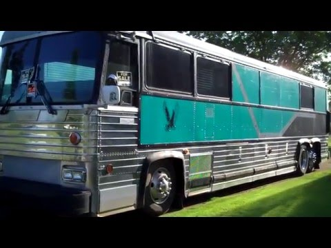 Tour or church bus for sale in Six Mile,SC $14,500.00 Nice looking bus..