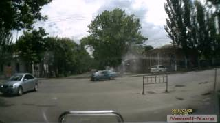 Видео Новости-N: В Фольксваген Паламарюка врезалось авто военных