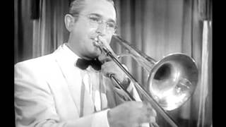 Tommy Dorsey & His Orchestra - Lost in a Fog