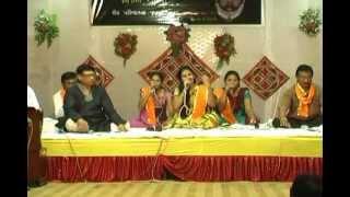 Aaj Mara Mandiriya Ma - Live program (Shreenathji bhajan) by Surabhi parmar.