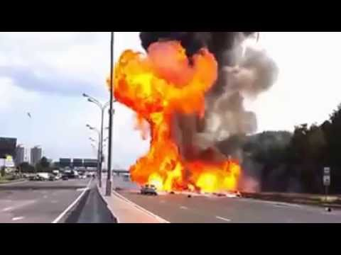 Truck Crash and Explosion : Hazmat Highway to Hell with Oxygen Cylinders