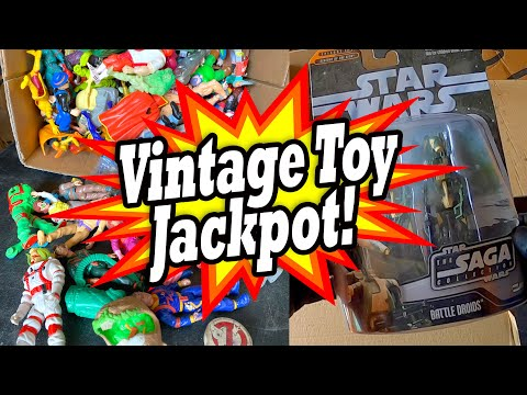 """VINTAGE TOY JACKPOT found in the """"Plumber Collector"""" locker bought at the abandoned storage auction"""