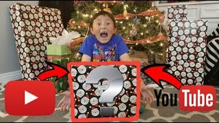 YOUTUBE SENT US THE WORLDS BEST CHRISTMAS PRESENT!!! GREATEST MOST RARE SURPRISE INSIDE!!