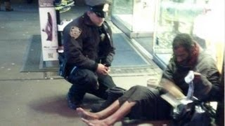 Gambar cover Awesome Police Officer In New York: Act of Kindness