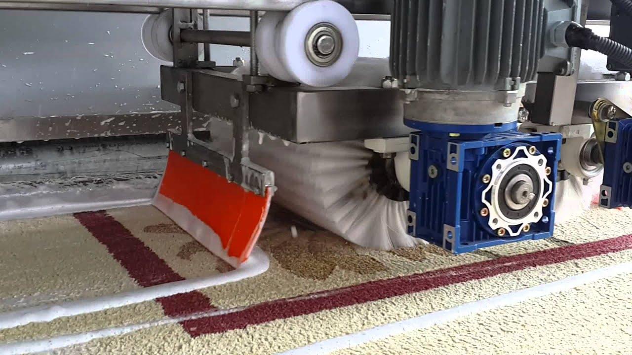 Halı Yıkama Makinasında Hangi Deterjan Kullanılır