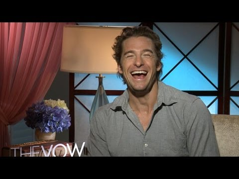 Not a Douche: 'The Vow' Scott Speedman Laughs Out Loud