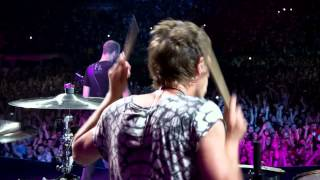 Muse - Plug In Baby - Live At Rome Olympic Stadium thumbnail
