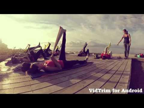 Pilates en la playa