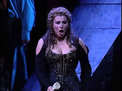 Maria Guleghina - Nabucco - Chi s'avanza?... Salgo già del trono aurato