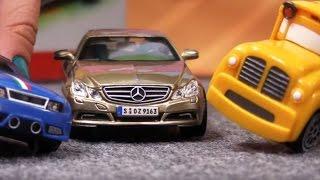 Video Çizgi Film - Spedy ve Busy Alman araba  fuarında Mercedes Benz E class ile. download MP3, 3GP, MP4, WEBM, AVI, FLV Juli 2018