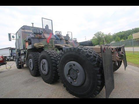 2000 OSHKOSH M1070 8X8 Truck