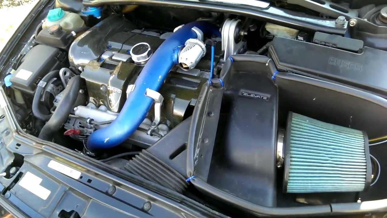 2004 Volvo S60R Motor REV 2 - YouTube