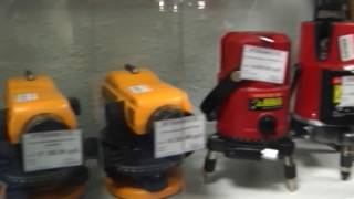 Все необходимое для ремонта отделе инструментов строительного магазина