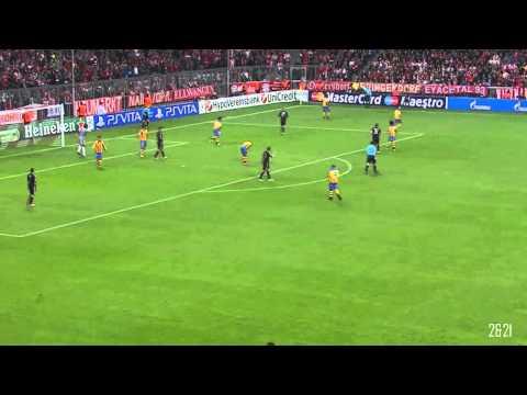 Javi Martínez CL Debut VS. Valencia CF - 2012_2013 [HD]