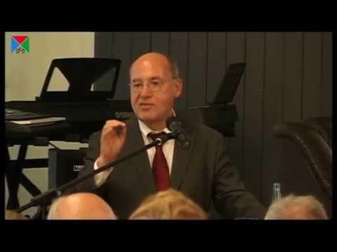 Gregor Gysi - Fraktionschef der Linkspartei - im 14. Politischer Salon - Dreieichschule Langen