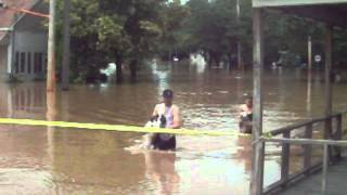 Couple rescues dog during flooding in Oneida, NY on June 28, 2013