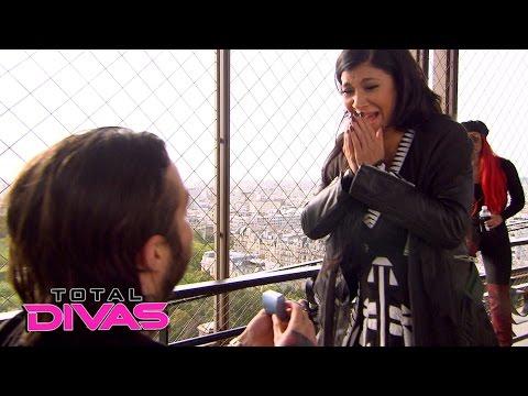Rosa Mendes gets engaged in Paris: Total Divas, April 12, 2016