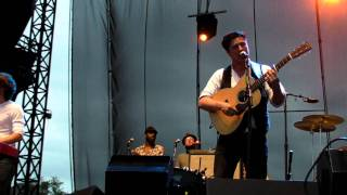 "Mumford & Sons - HD  ""Hopeless Wanderer"" Performed LIVE at 2011 Memphis In May - Stafaband"