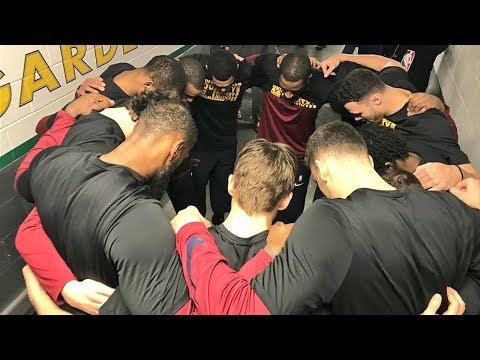 LeBron James Gives Pregame Speech To New Cavaliers Prior To Game vs Celtics