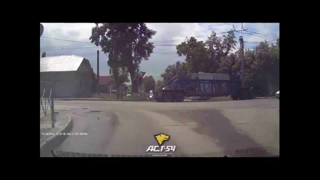 ДТП на Кирова - Лобова