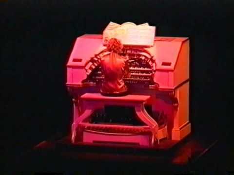 """ME & MY GIRL SELECTION"" - Margaret Hall at the Wurlitzer organ - Composer Noel Gay"