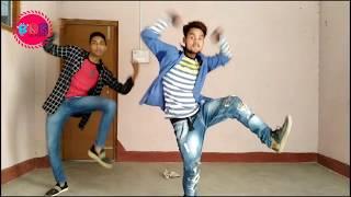 Sona Kitna Sona H    Sona Kitna Sona H Duet Dance Video    Govinda Duet Dance