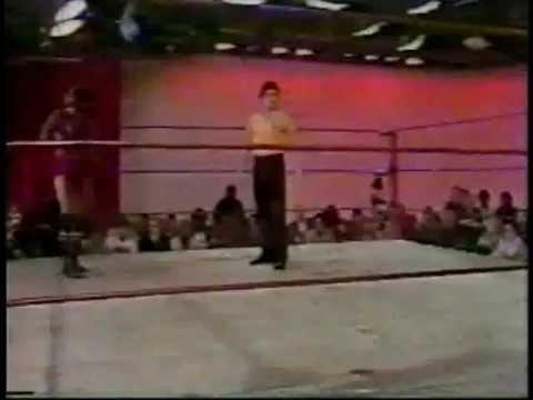 CWA MEMPHIS Big Red vs John King WRESTLING 1979