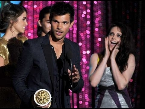 Kristen Stewart Breaking Dawn Part 1 Wins  MTV Movie Awards 2012
