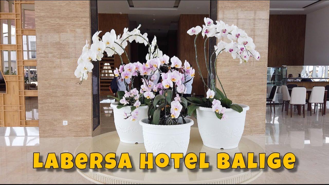 Review and Room Tour Hotel Termewah di Balige. Labersa ...