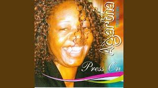 Gambar cover Makatendeka (feat. Lloyd Tevedzai)