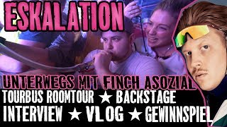 ESKALATION MIT FINCH ASOZIAL - VLOG- DORFDISKO TOUR- TOURBUS ROOMTOUR-INTERVIEW-BACKSTAGE