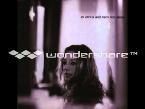 Tori Amos - Little Earthquakes - Venus Live: Still Orbiting