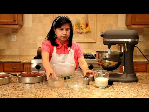 baking-with-coconut-flour:-chocolate-cake-made-with-coconut-flour-recipe