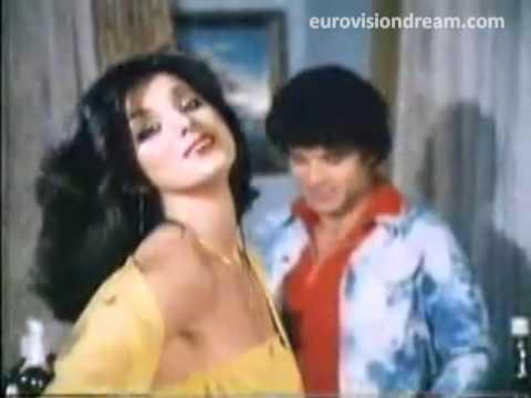 Arzu Ece'nin rol aldığı 1980 yapımı Çile filminden bir sahne