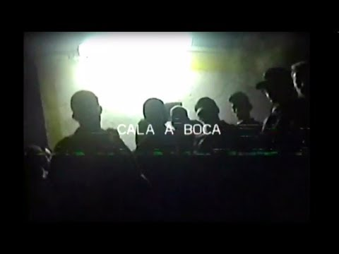 Holly Hood - Cala a Boca