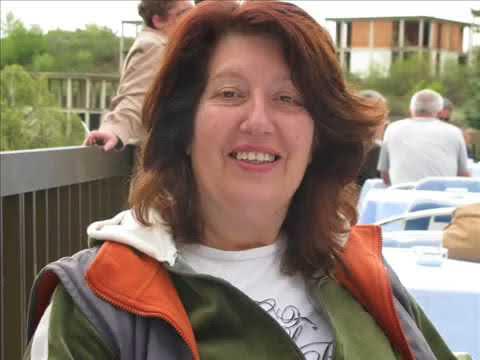 Violeta Santovska vo Perth Australia na Makedonskoto radio CBSS 2 programa     zboruva za rabotata n