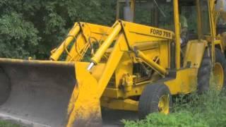 Backhoe, Dump-Truck, and Trailer Demo (Craigs List Ad)