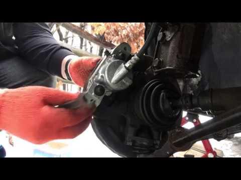Замена главного тормозного цилиндра на автомобилях ВАЗ 21099, 2109,2108.