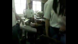 Repeat youtube video SMA HOT DALAM KELAS (KIMCIL)