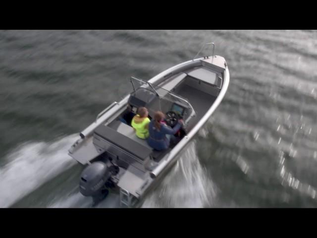 Buster veneilykoulu tuo varmuutta veneilyyn