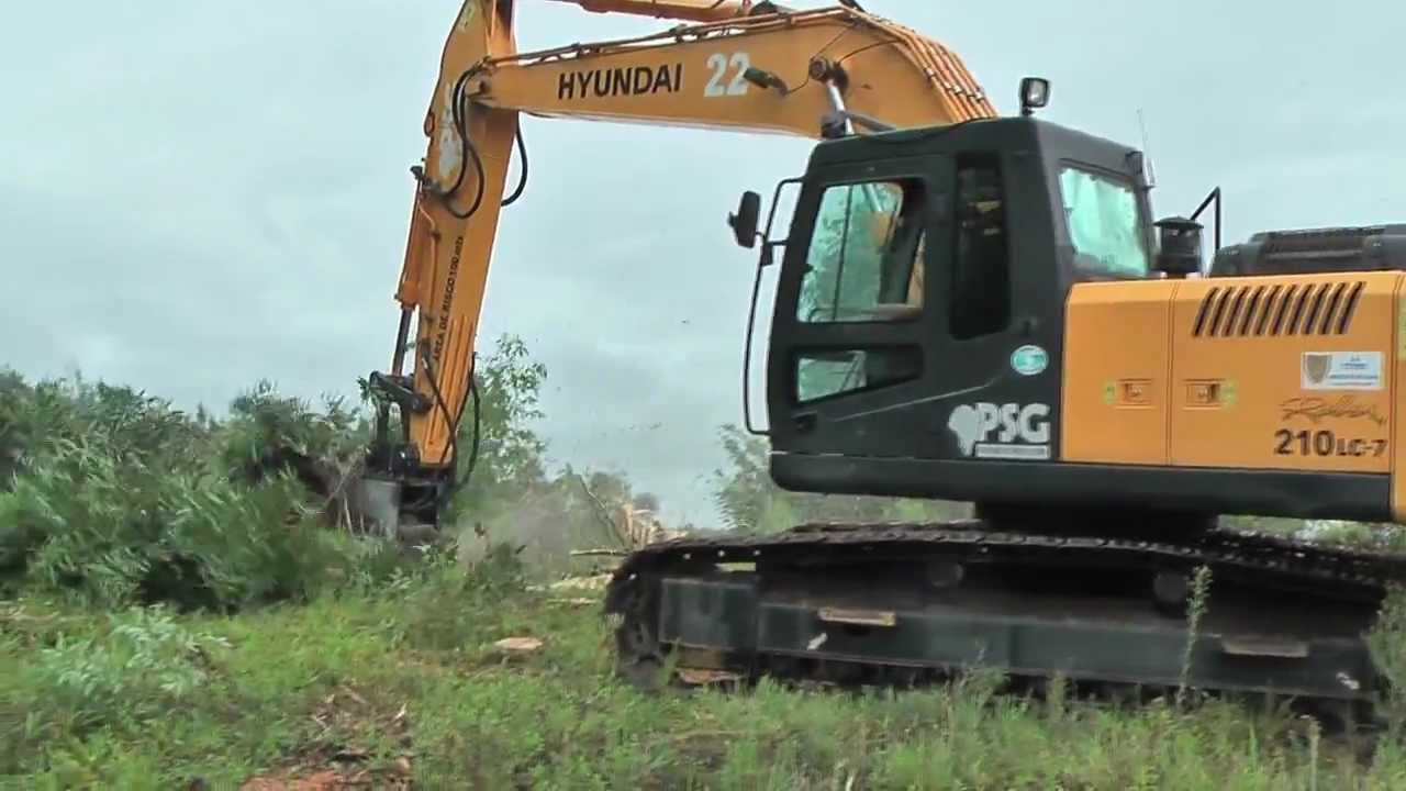 Excavator Mulcher Dah 150e Hyundai 210 Lc7 Youtube