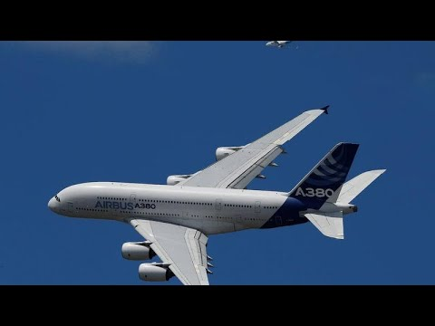 Airbus A380 - from European dream to white elephant Mp3