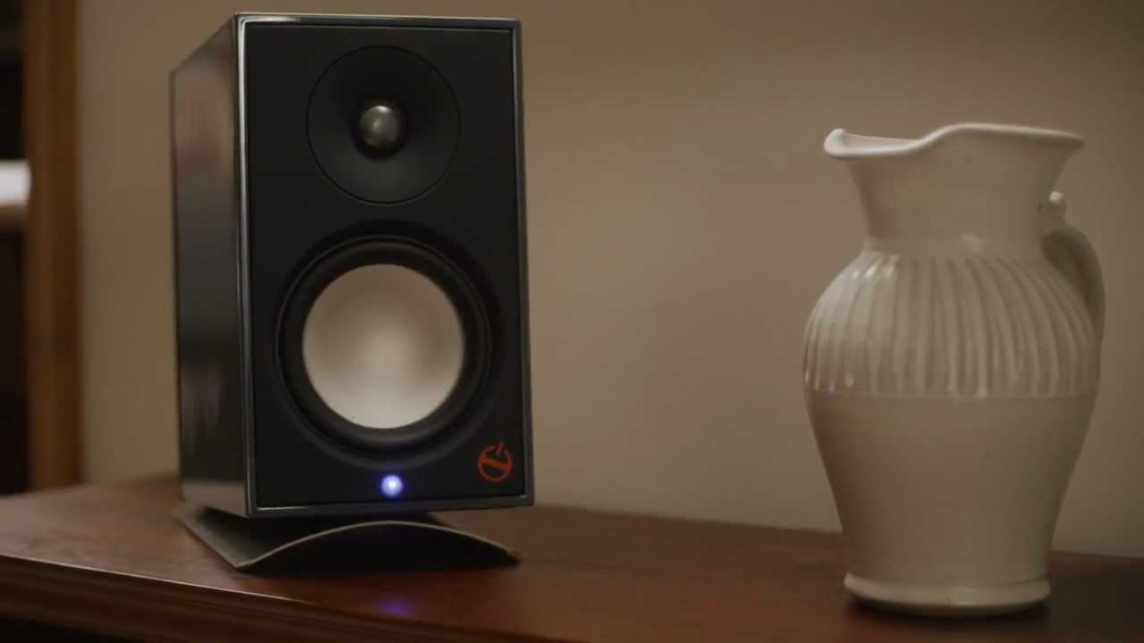 A2 Powered Bookshelf Speaker