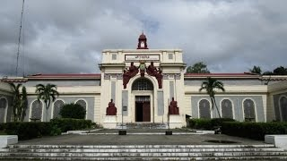 UP Visayas campus - University of the Philippines, (original Iloilo City Hall) w Kalte Hitze