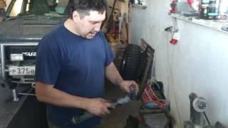 видео Замена амортизаторов Исузу
