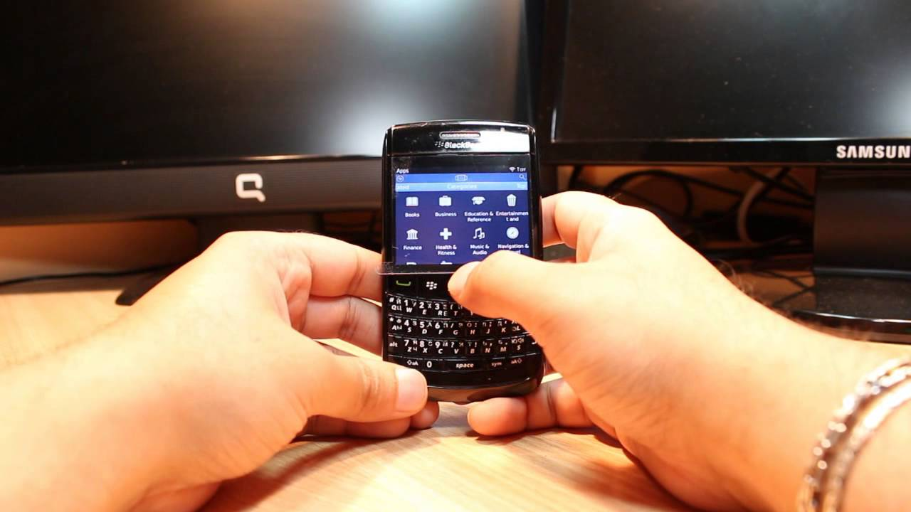 Facebook Messenger install to Blackberry Bold 9780