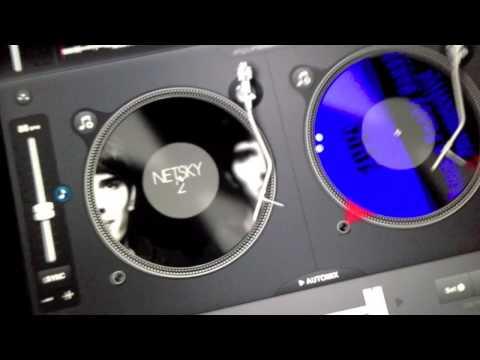 PlayMobiel IPad DJ gooit de beuk erin.