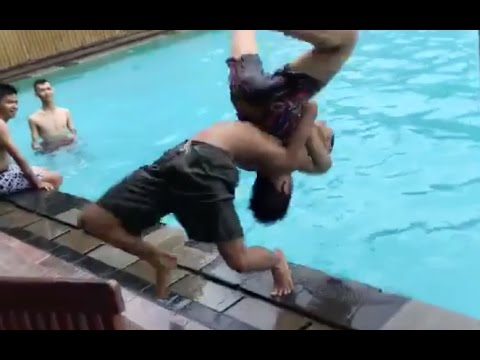 German Suplex Into Pool Total Fail but doesn
