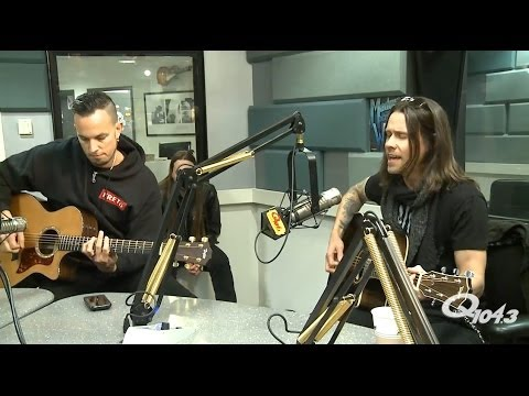 Alter Bridge Interview and Performance of ADDICTED TO PAIN