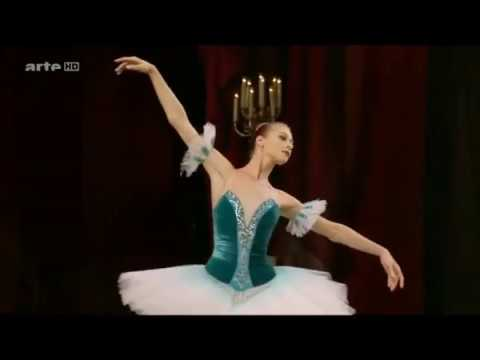 Paquita Variation 3 Tempo Di Valse Moderato - 4 Ballerinas For Comparison